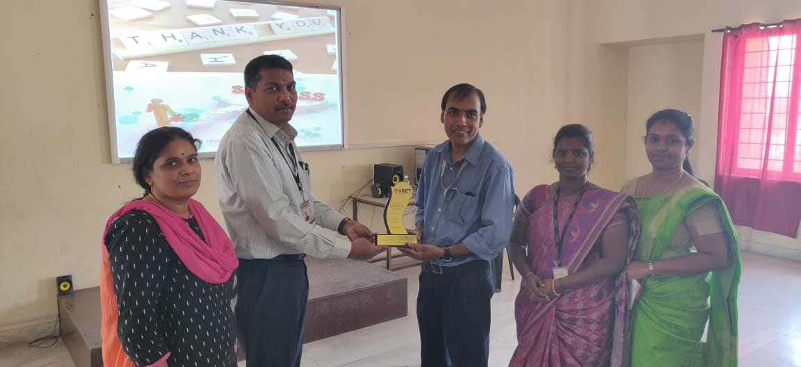 "CSE has conducted the seminar on ""An Over View of IT Industry"""